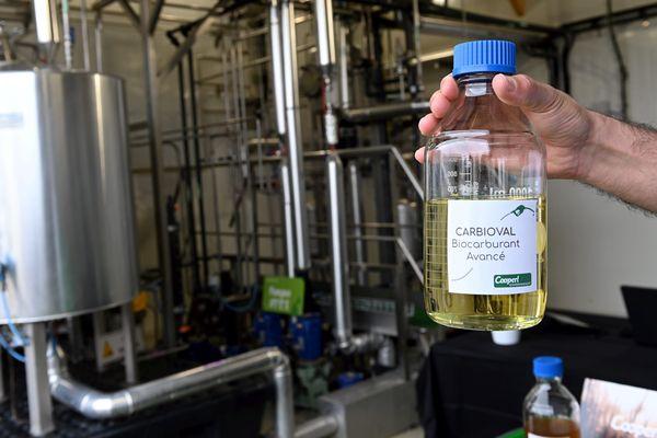 Le Carbioval, le biocarburant d'Emeraude Bio énergie, plus grand méthaniseur sans épandage d'Europe à Lamballe