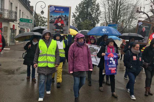 Les manifestants contre la réforme des retraites, jeudi 5 mars à Sens