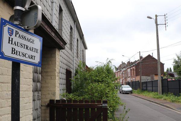 Les Français de cette rue se sont retrouvés bloqués en Belgique, une fois la frontière installée.