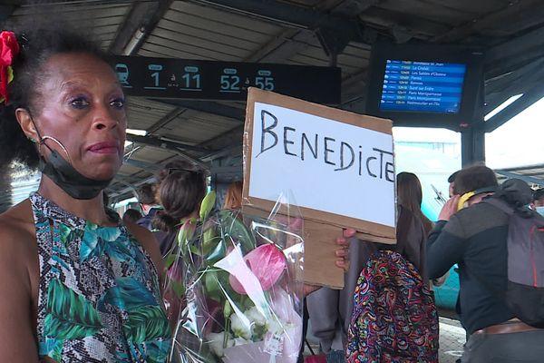 """""""Enfants de la Creuse"""", Daisy, née à la Réunion, va retrouver sa petite sœur Bénédicte après 55 ans de séparation."""