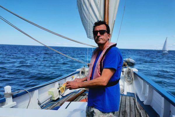 Eric Perotin, capitaine de La Granvillaise, est soulagé de voguer à nouveau dans la baie de Granville.