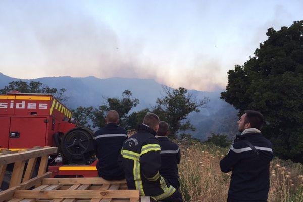 11/08/17 - Deux Canadair en intervention sur l'incendie d'Ogliastro dans le Cap Corse.