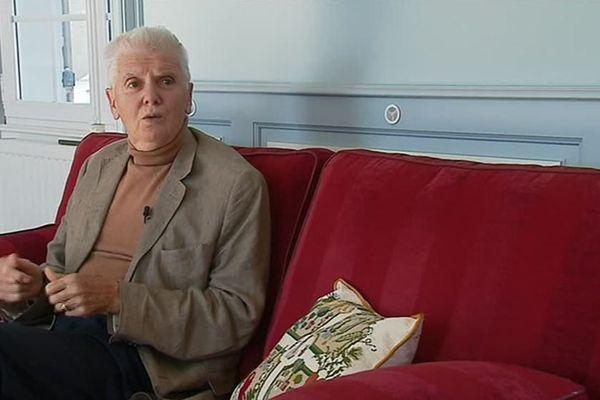 Patrick Lecointre est atteint de la maladie de Parkinson et a participé aux essais cliniques menés par le Professeur Jean-Bernard Fourtillan à Poitiers.