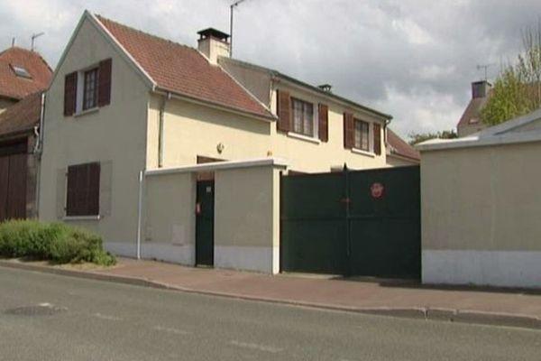 C'est dans leur maison du Mesnil-en-Thelle que les 2 retraités ont été tués.