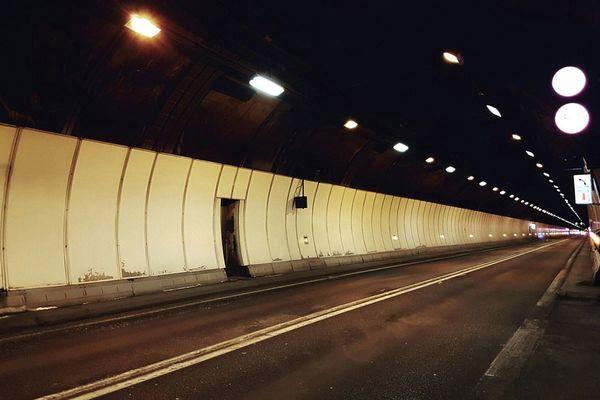 Le tunnel du mont Blanc, entre Chamonix en Haute-Savoie et Courmayeur en Italie