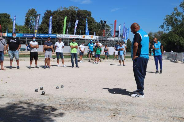 Tyson Molinas en 16e de finale se qualifie de façon expéditive.