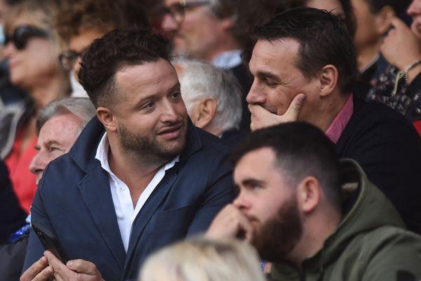 Jean-Baptiste Aldigé, président du Biarritz Olympique, et le joueur Nicolas Brusque, lors du match de Top 14 et le Racing Club Paris 92 au stade Aguilera de Biarritz. 18 septembre 2021