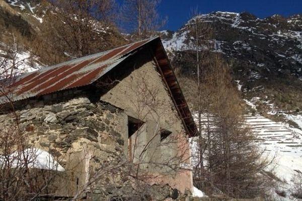 La grange dans laquelle le corps de Mayeul Gaden avait été retrouvé à Isola 2000 (archives).