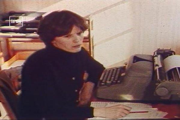 Annick Morelière, cheffe d'exploitation d'un GAEC (groupement agricole d'exploitation en commun) à Arc-sur-Tille, en Côte-d'Or (sujet Ina 1982)