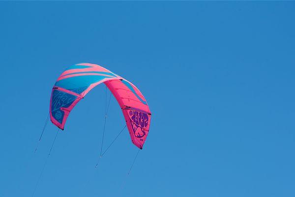 Voile de kitesurf (image d'illustation)