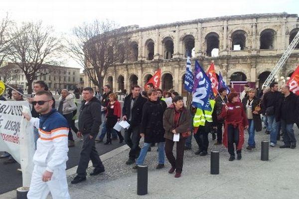 Nîmes - manifestation de la fonction publique devant les arènes - 31 janvier 2013.