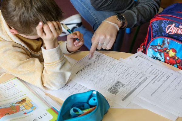 Illustration. L'accompagnement scolaire des enfants ayant un handicap, un casse-tête pour les parents faute d'auxiliaires de vie scolaire.