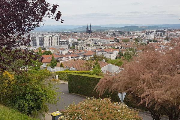 Du 17 janvier au 23 février 2019, 31 agents chargés du recensement visiteront 7 000 logements à Clermont-Ferrand (63) pour la nouvelle campagne annuelle.