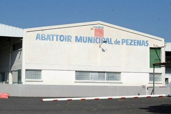 Pézenas (Hérault) - l'abattoir municipal - archives
