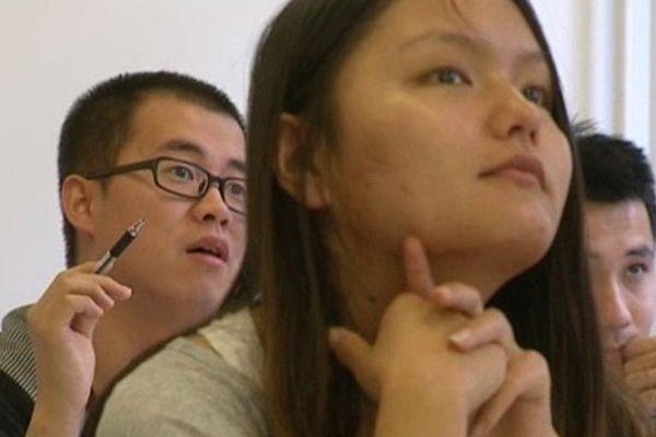 400 étudiants étrangers apprennent le français au Centre de langue de l'université Blaise Pascal à Clermont-Ferrand