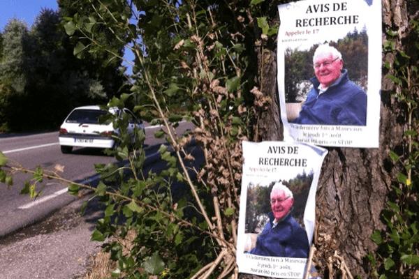 Des affichettes montrant une photo de Paul Koch ont été placardées dans la vallée de Masevaux