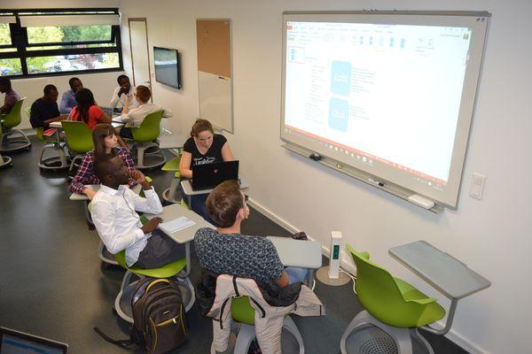 Etudiants du master MRSI en pédagogie active