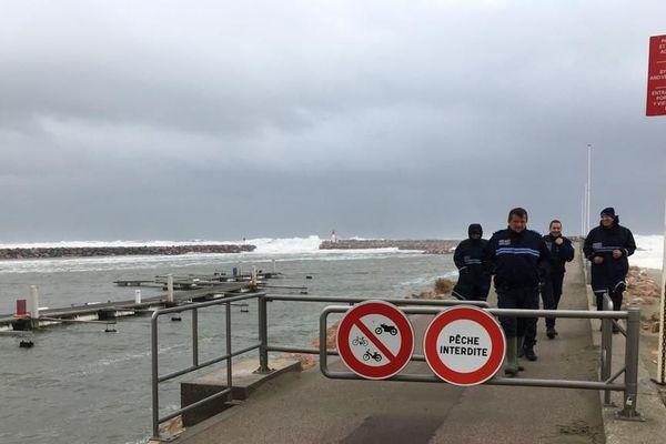 La digue de Canet-en-Roussillon, dont l'accès a été interdit ce mercredi 22 janvier.