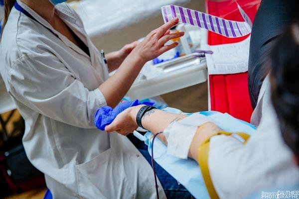 Un don du sang au Musée des Beaux Arts à Dijon : cette année, l'EFS essaie d'organiser des collectes dans des lieux fermés au grand public en raison du covid