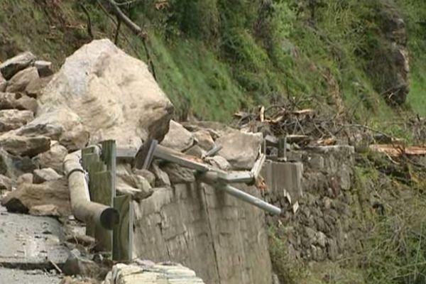 La route de la Tinée est bloquée depuis le 27 avril suite à un éboulement