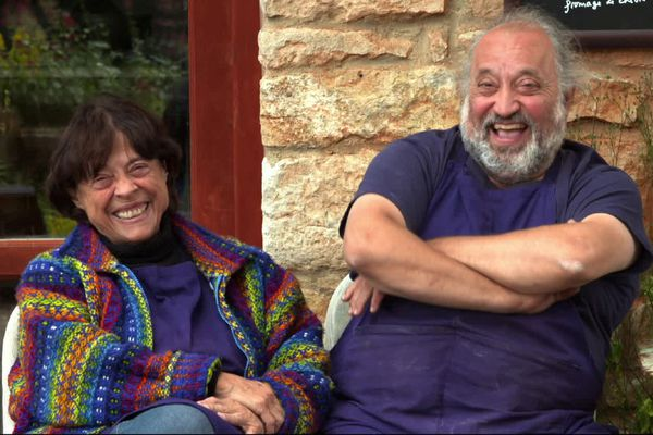 Gabrielle, 83 ans est marié à Jean-Jacques, 60 ans.