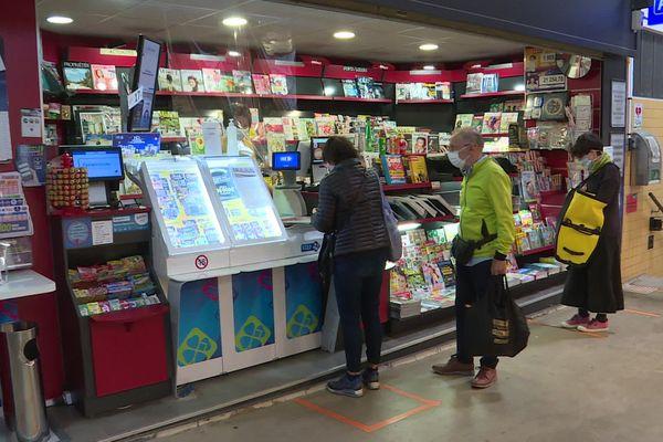 Le kiosque à journaux du marché de Talensac à Nantes pourrait disparaître