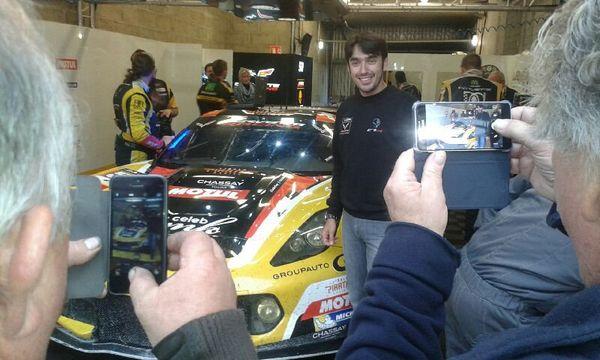 L'équipe de Larbre compétition fête le bon chrono de cette journée de test aux 24 heures du Mans