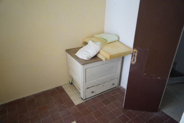 """La """"chambre de domestique"""" de la villa E-1027."""