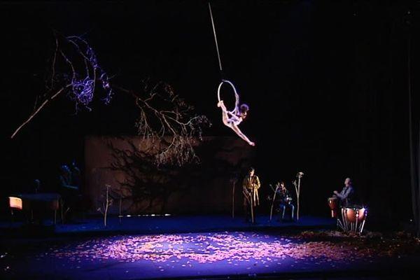 Extrait de la générale de  La dernière saison du Cirque Plume de Besançon