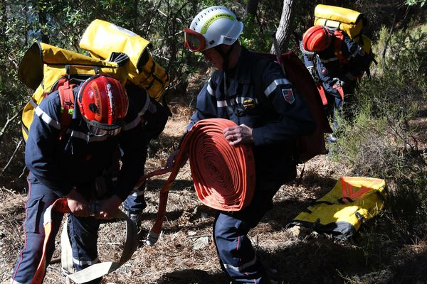 Une unité spécialisée des pompiers du Gard part en renfort en Corse - février 2020