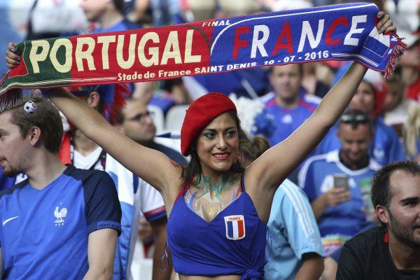 Le match France-Portugal du mercredi 23 juin aura un goût de revanche pour la communauté portugaise après la finale de l'Euro 2016 remportée par les Lusitaniens.