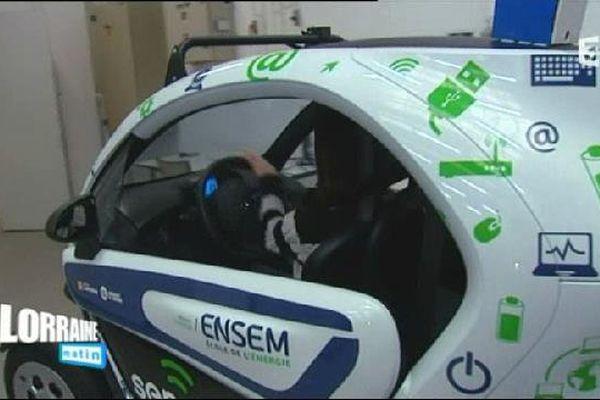 Les étudiants de l'ENSEM ont équipé ce véhicule électrique de capteurs fabriqués par eux et capables de mesurer la qualité de l'air à Nancy.