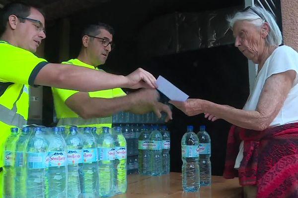 Après un mois sans eau potable, les habitants de Tautavel en ont assez.