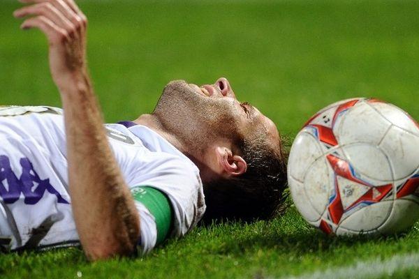 La déception du capitaine toulousain Etienne Didot à la fin du match à Bordeaux
