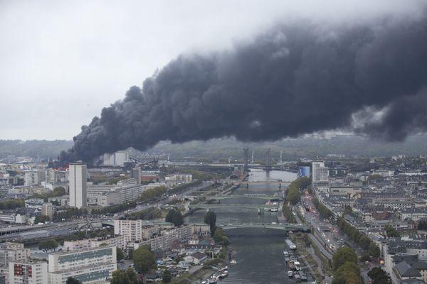 Incendie de l'usine Lubrizol à Rouen le 26 septembre 2019
