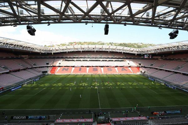 Le stade de l'Allianz Riviera à Nice (Alpes-Maritimes), au moment du match de l'OGC Nice contre le RC Lens le 23 août dernier. Le stade inauguré en 2013 peut accueillir jusqu'à 35.000 spectateurs.