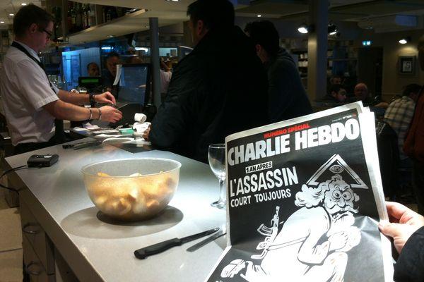 La couverture de Charlie Hebdo du 6 janvier 2016