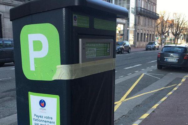 Les horodateurs sont bâchés à Limoges car le stationnement est gratuit