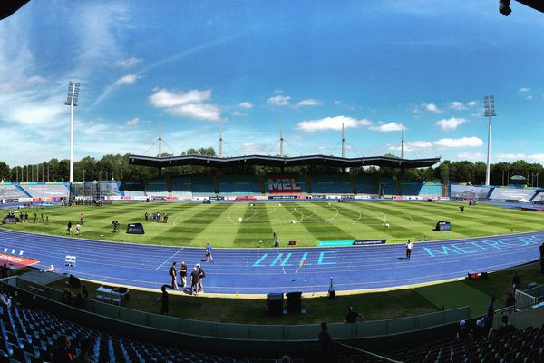 Au stadium de Villeneuve d'Ascq.