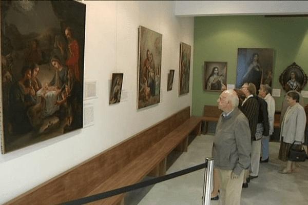25 tableaux de Céline Martin, soeur âinée de Sainte-Thérèse, ont été sortis des archives du carmel de Lisieux pour être présentés au public ce weekend