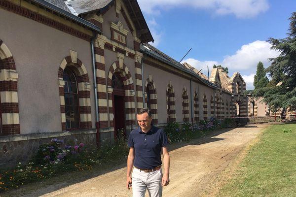 Le directeur du pôle hippique de Saint-Lô , Yann Adam