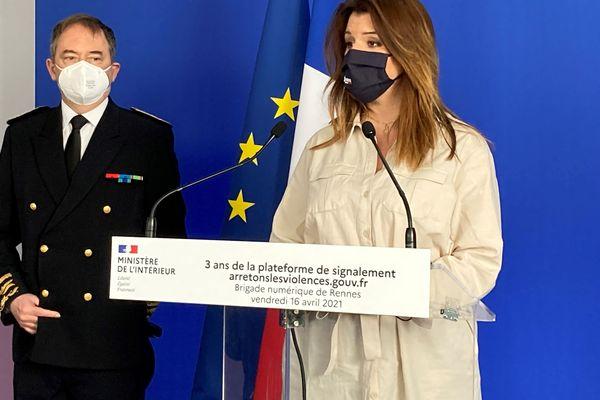 Marlène Schiappa, la ministre déléguée auprès du ministre de l'Intérieur en charge de la Citoyenneté, à Rennes, vendredi 16 avril, à l'occasion des 3 ans de la plateforme de signalement des violences sexistes et sexuelles arretonslesviolences.gouv.fr.