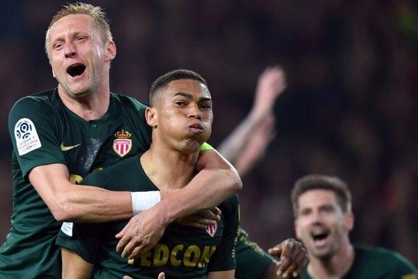 Carlos Vinicius a marqué à la dernière minute et offert une belle victoire à l'extérieur à l'AS Monaco au stade Pierre Mauroy.