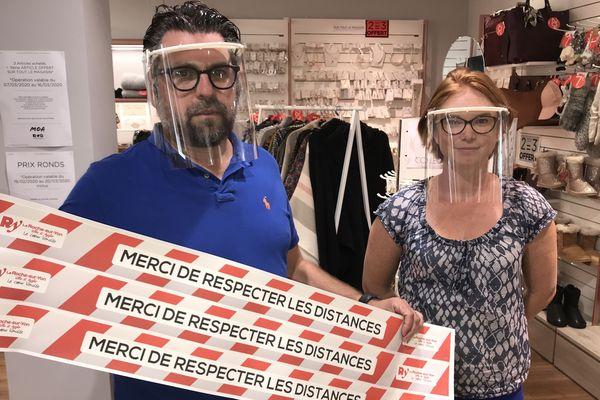 Guillaume Coisel et son épouse, gérants de la boutique Moa La Roche-sur-Yon