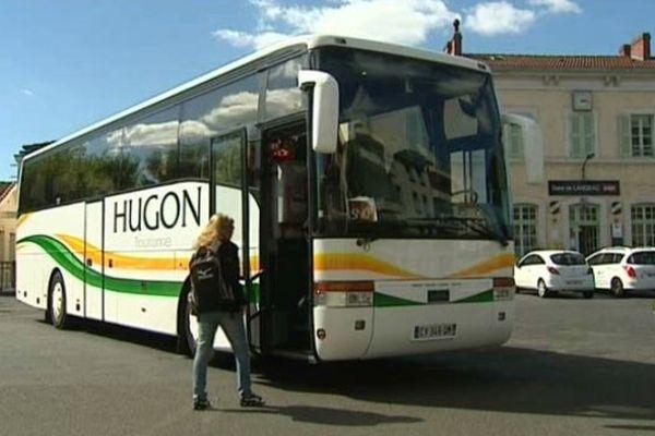 Le transport sera entièrement assuré en car dès le 27 septembre en attendant le rétablissement du Cévenol. 2015.