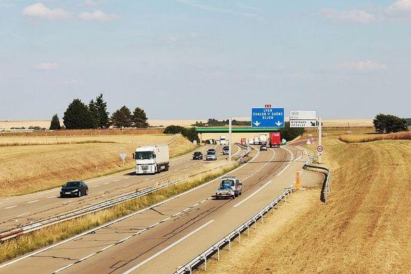 L'autoroute A6, en Bourgogne.