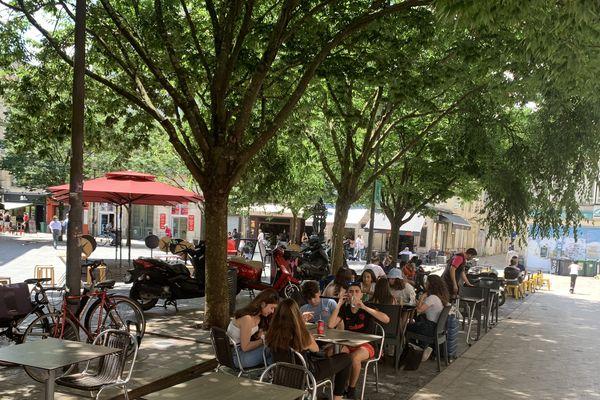 Place du Commandant Sarail en bas de la rue Ste Catherine à Bordeaux, ce mardi 2 juin 2020