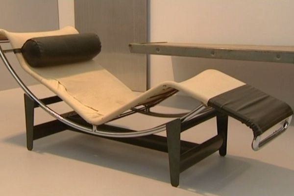 Chaise longue LC4 de Le Corbusier dessinée en 1928