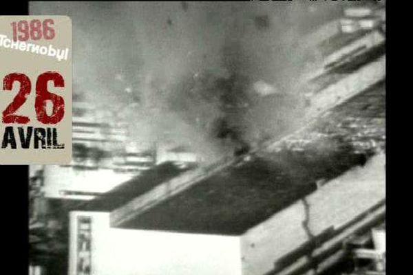 La centrale de Tchernobyl après l'explosion du réacteur n°4