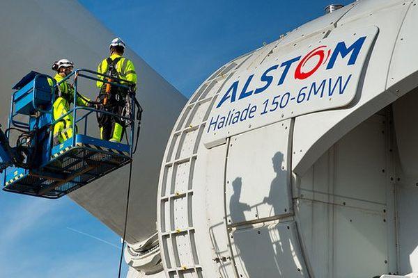 Le montage d'une éolienne off shore Altom de type Haliade 150 de 6 Méga Watts
